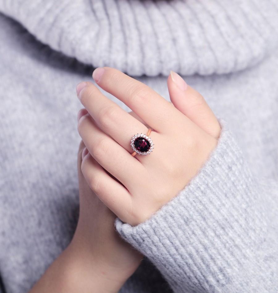 Свадьба - Garnet Engagement Ring Women Rose Gold