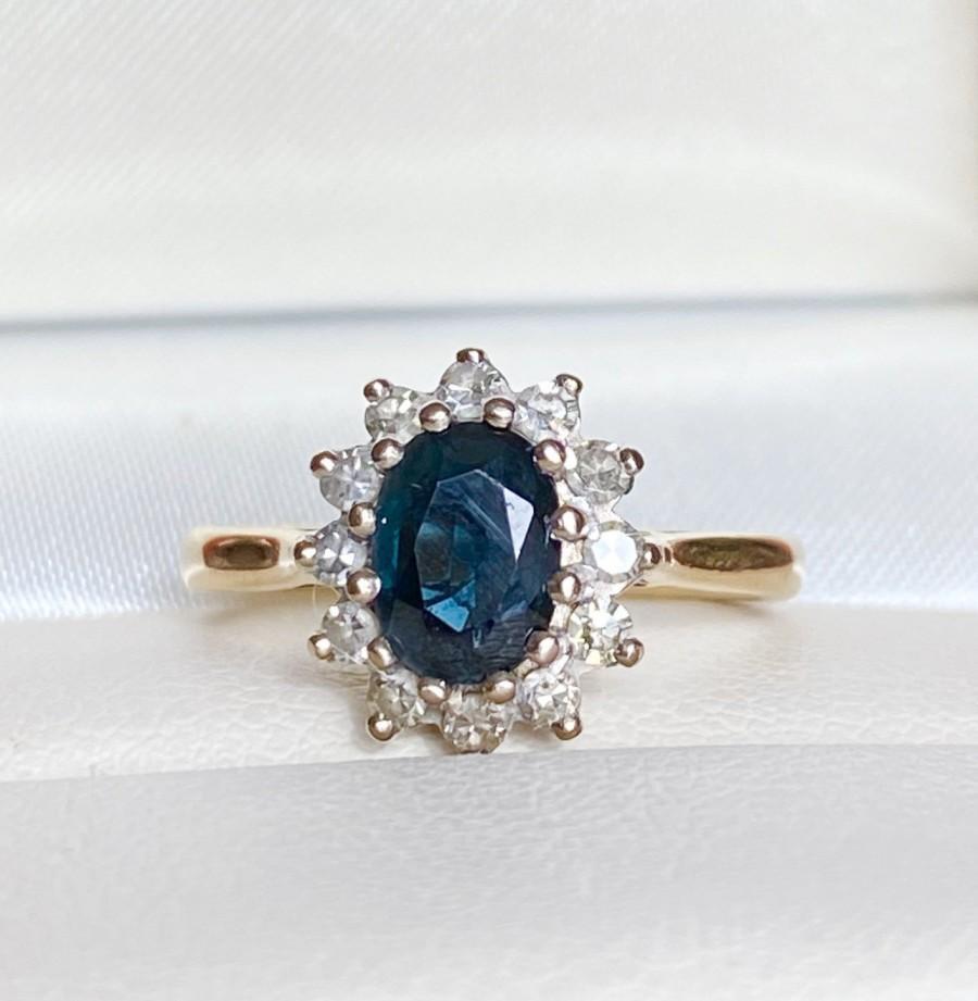 Свадьба - Vintage 18ct Gold Sapphire & Diamond Cluster Engagement Ring, September Birthstone, Anniversary Gift, Free Shipping