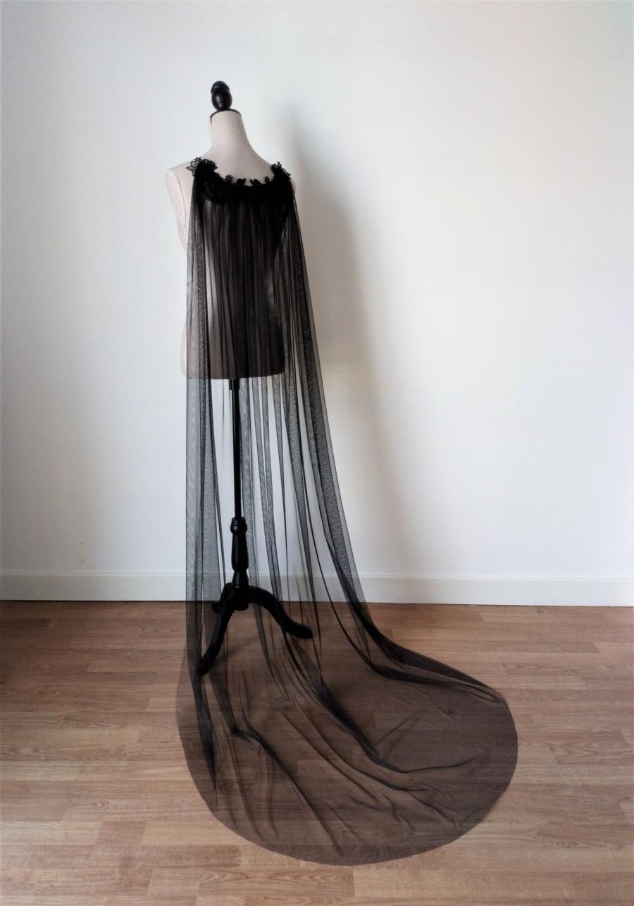 Mariage - Black Tulle Cloak, Gothic Wedding Cloak, Black Wedding Cape, Black Long Veil, Medieval Bridal Cape, Fantasy Wedding, Wedding Cape Veil, Goth