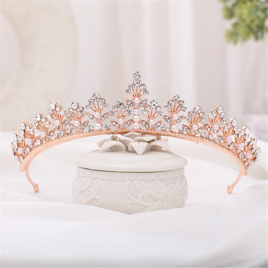 Свадьба - Floral Bridal Crown Rose Gold Pearl Wedding Crown Rose Gold Birthday Party Crown Wedding Hairdress Crystal Hair Accessory Pearl Bridal Tiara