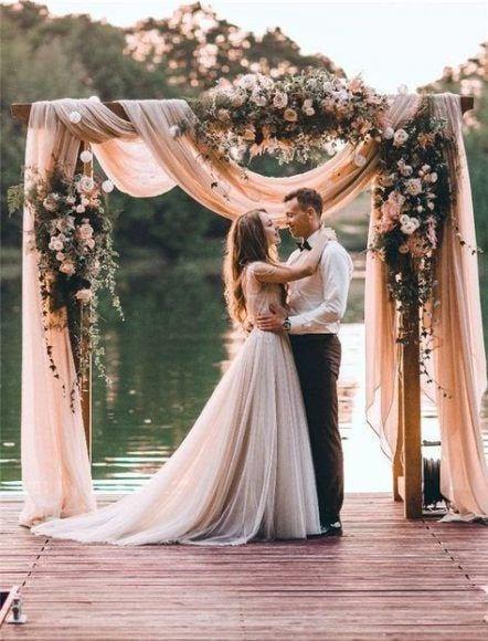 Свадьба - Wedding Arch Fabric Drape / Chiffon Draping Fabric for Wedding Backdrop / Photography background / wedding arch or tree decor