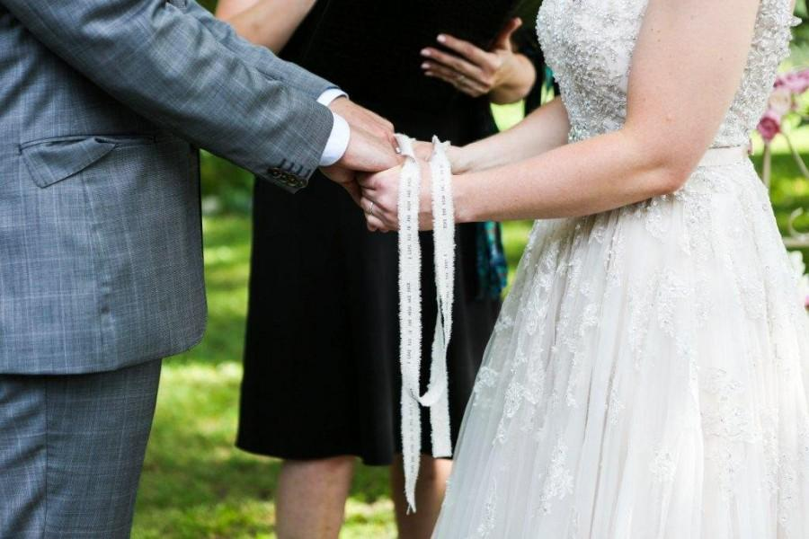Mariage - Personalized Hand Fasting Cord / handfasting cord ceremony , hand binding cord , hand binding ceremony , custom hand binding , handbinding