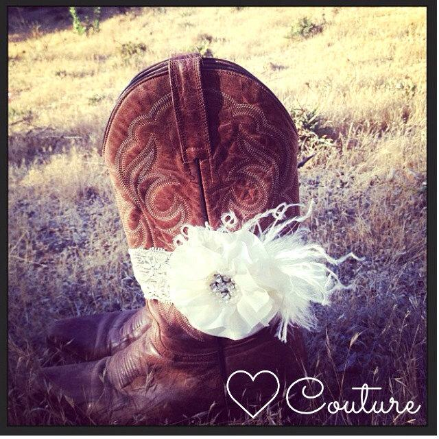 Mariage - Custom Country Chic Wedding. Cowgirl boot bracelet