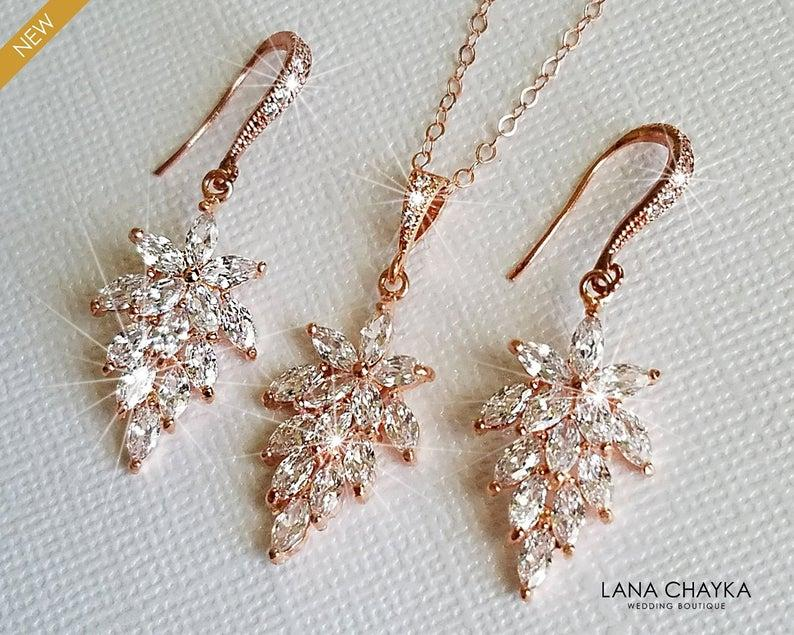 Свадьба - Rose Gold Cubic Zirconia Jewelry Set, Cluster Leaf Crystal Earrings&Necklace Set, Floral Crystal Bridal Jewelry, Rose Gold Wedding Jewelry