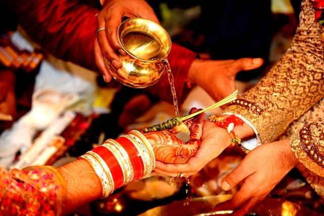 Wedding - What are the Procedures of a Traditional Oriya Wedding?