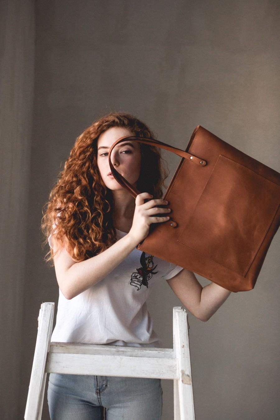 Wedding - Everyday Leather Tote Bag Leather Bridesmaid Wedding Gift for Women Men Leather Purse With Zipper Custom Gift for Her Travel Essential