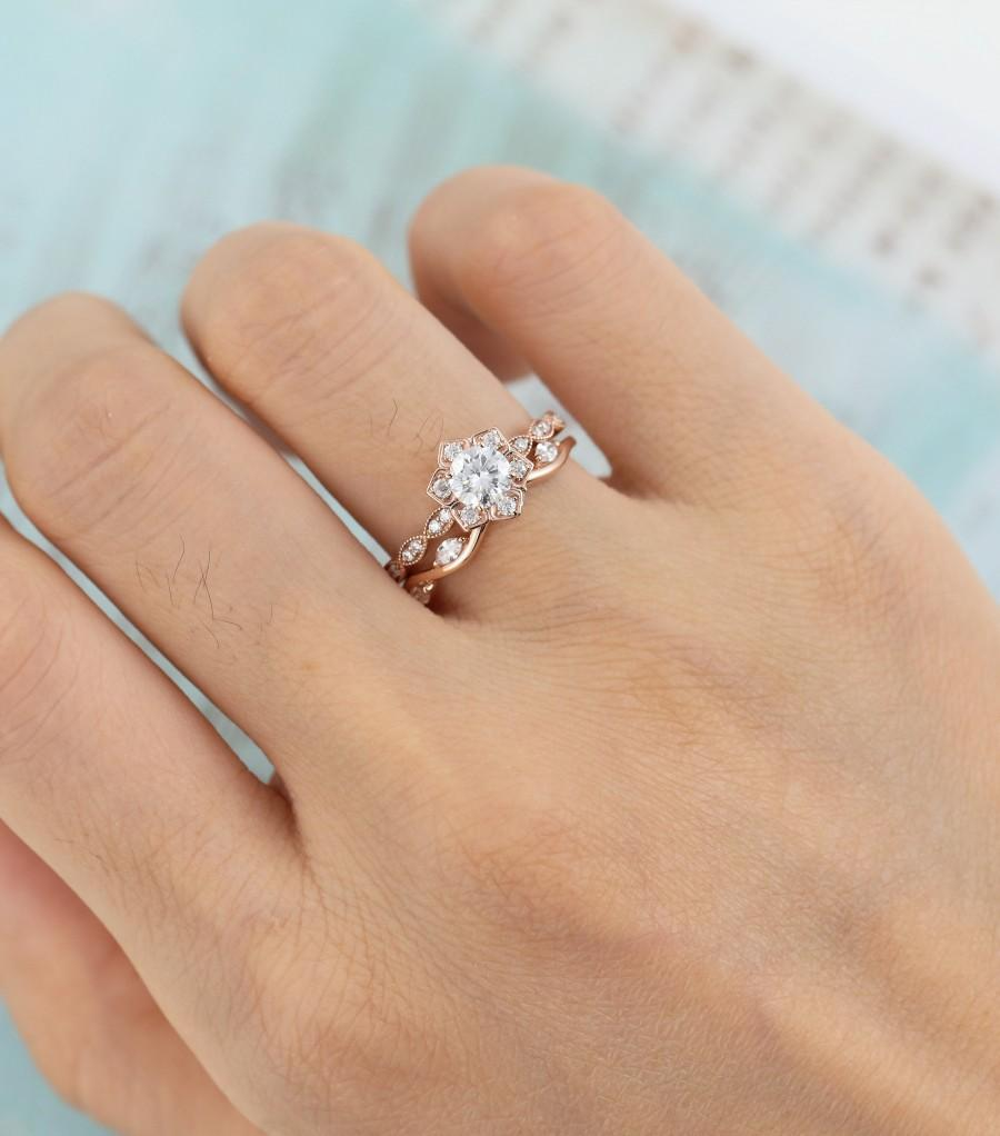 Mariage - Moissanite engagement ring set  Unique Flower Rose gold engagement ring vintage eternity Marquise wedding Bridal Anniversary gift for women
