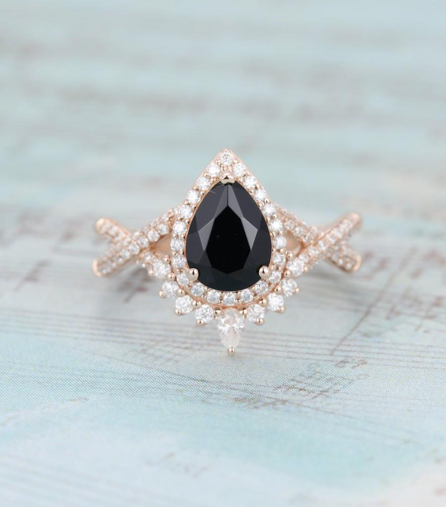Mariage - Pear shaped Black onyx engagement ring rose gold Halo Unique Vintage engagement ring for women Twisted diamond wedding Bridal Promise gift