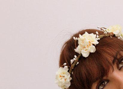 Свадьба - CARNATION Woodland Crown , Hair crown Floral Wreath - Flower crown, Bridal Photo prop Wreath flower accessory Headband wedding halo