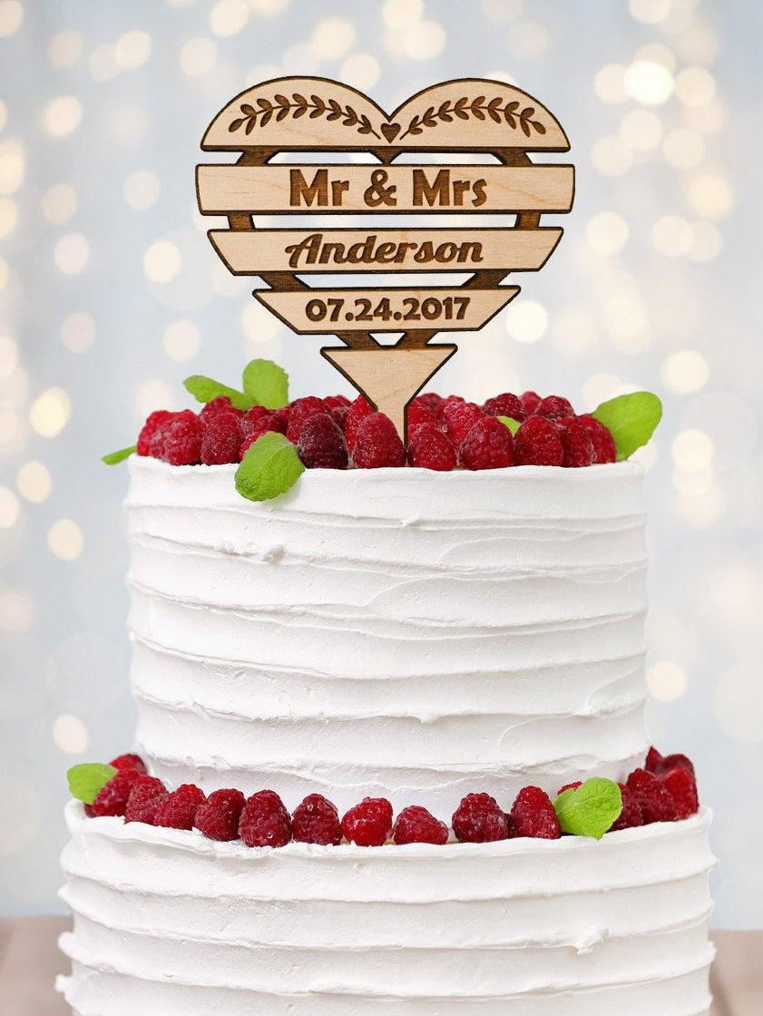 Свадьба - Rustic Wedding Cake Topper - Wedding Cake Topper - Barn Wedding - Beach Wedding - Personalized Cake Topper - Wooden Cake Topper - Mr and Mrs