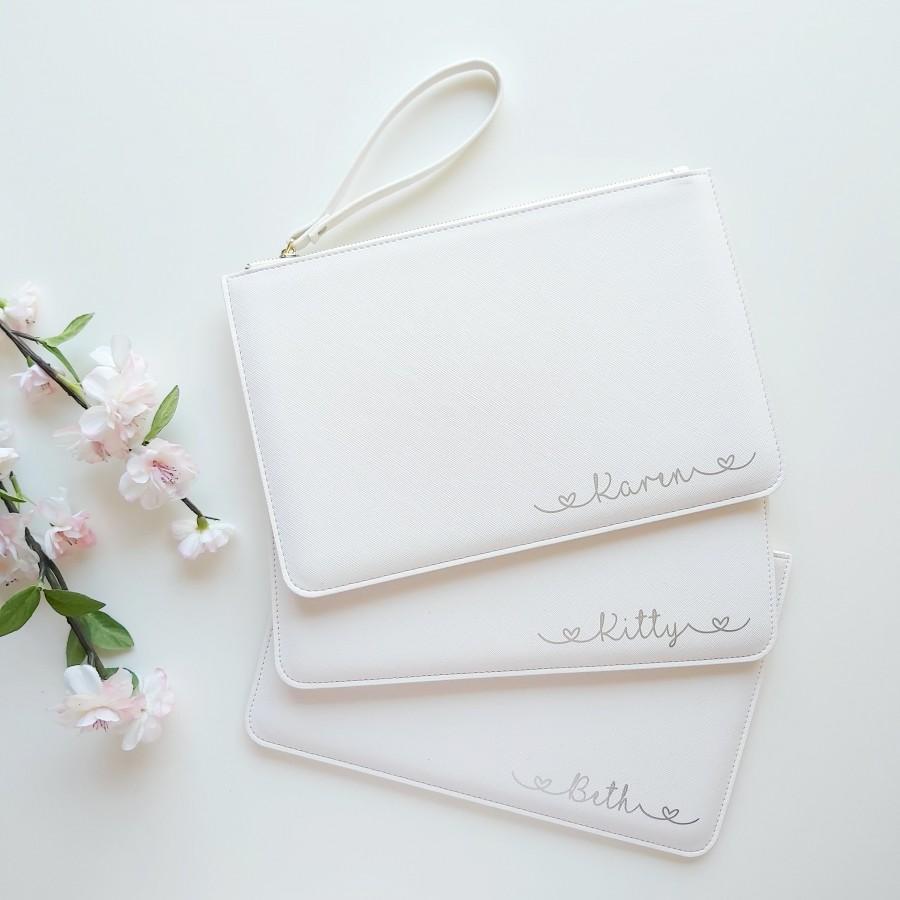 Свадьба - Personalised White Clutch Bag, Bride Bag, Bridesmaid Clutch Bag, Personalised Bridesmaid Gift, Clutch Bag