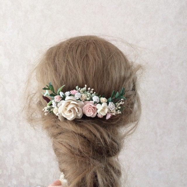 Свадьба - Blush wedding hair piece, blush and ivory flower hair clip, greenery hair accessories, floral hair vine, bridal headpiece, greenery comb,