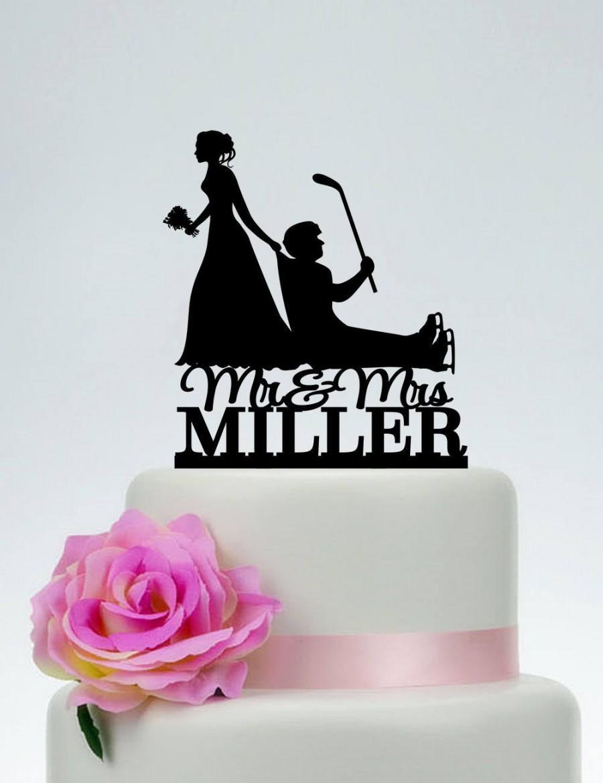Mariage - Wedding Cake Topper,Hockey Themed Ball Cake Topper,Bride Dragging Groom Cake Topper,hockey stick cake topper,Mr and Mrs Cake Topper C199