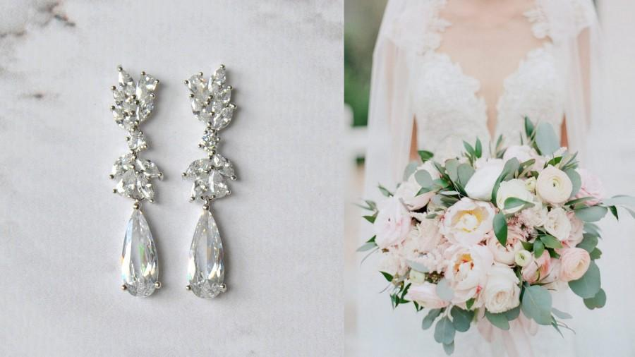 Mariage - GRACIE Crystal Bridal Earrings, Wedding earrings, Long Bridal Bridesmaids earrings gift Leaf Crystal tear drop Stud Earrings Wedding Jewelry