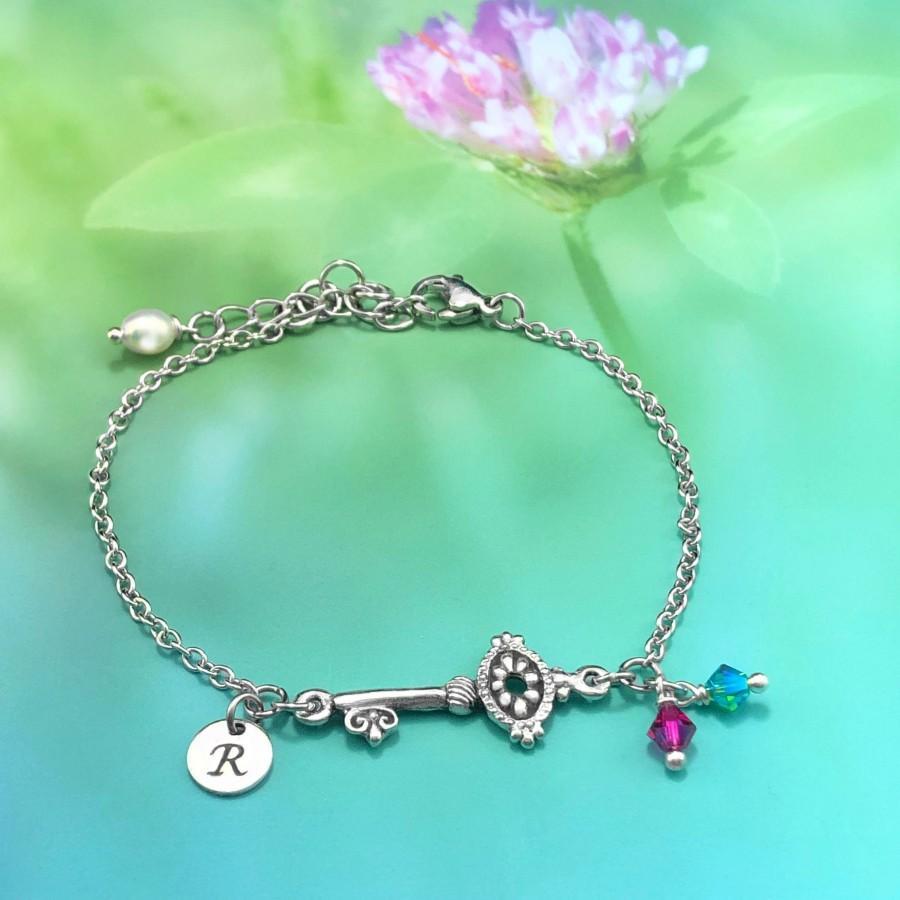 Mariage - Key Bracelet, Key Jewelry, Chain Bracelet Women, Dainty Chain Bracelet, Personalized Initial, Charm Bracelet, Layering Bracelet