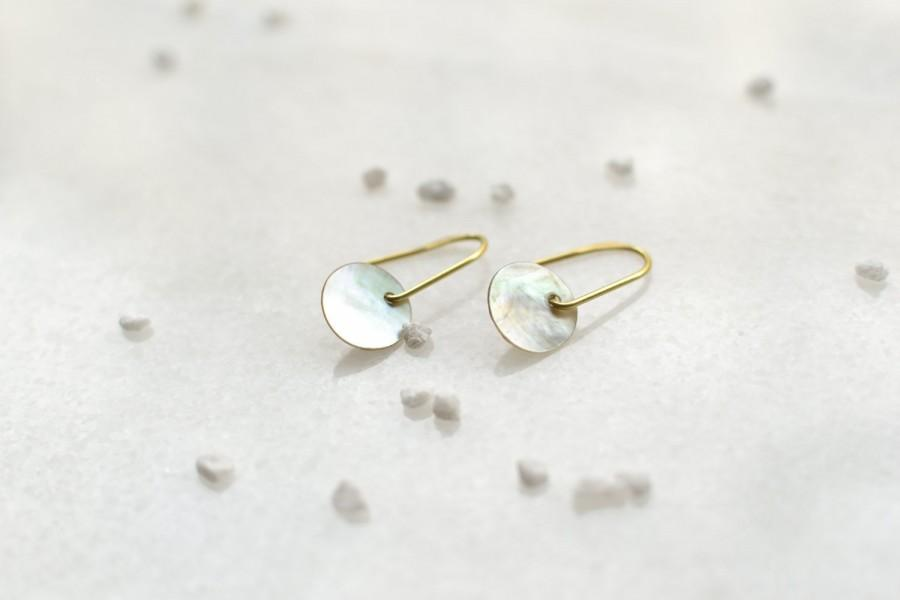 Mariage - Abstract Mother of Pearl Earrings, Minimal Brass Jewelry, Geometric Design
