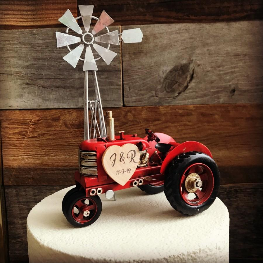 Свадьба - Tractor Wedding / Farmhouse Wedding Cake Topper /  Barn Wedding Cake Topper / Country Wedding Cake Topper / Farm cake topper / Rustic Cake