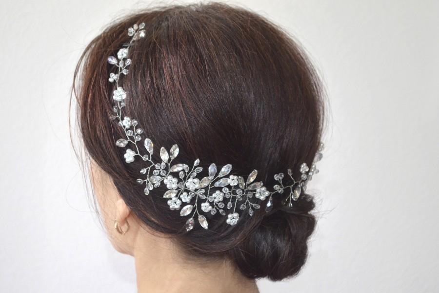 Свадьба - Bridal hair vine Pearl bridal headpiece Bridal floral boho wedding hair piece Long wedding hair vine Boho wreath Bridal halo Veil Accessory