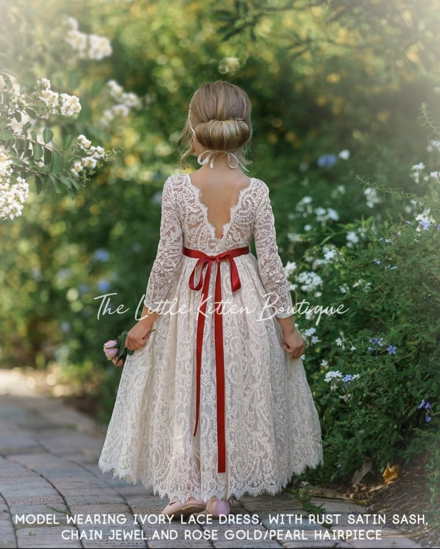 Свадьба - Flower girl dress, Bohemian Flower Girl Dress, rustic flower girl dress, boho flower girl dress, lace flower girl dress, boho wedding dress