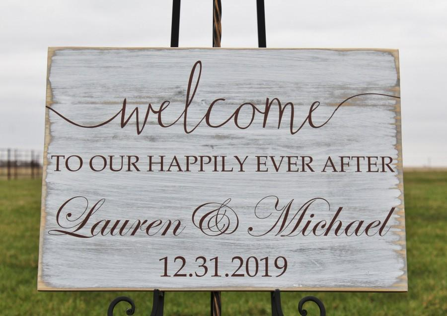 Hochzeit - Rustic Wedding Welcome Sign,Welcome,to Our Happily Ever After,Personalized Wedding Sign,Wood Wedding Welcome Sign,Outdoor Wedding Sign,props