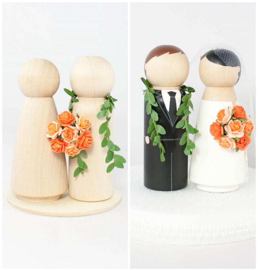 Hochzeit - Hawaiian Wedding Cake Topper DIY Set With Tiny Custom Rose Bouquet and Maile Lei