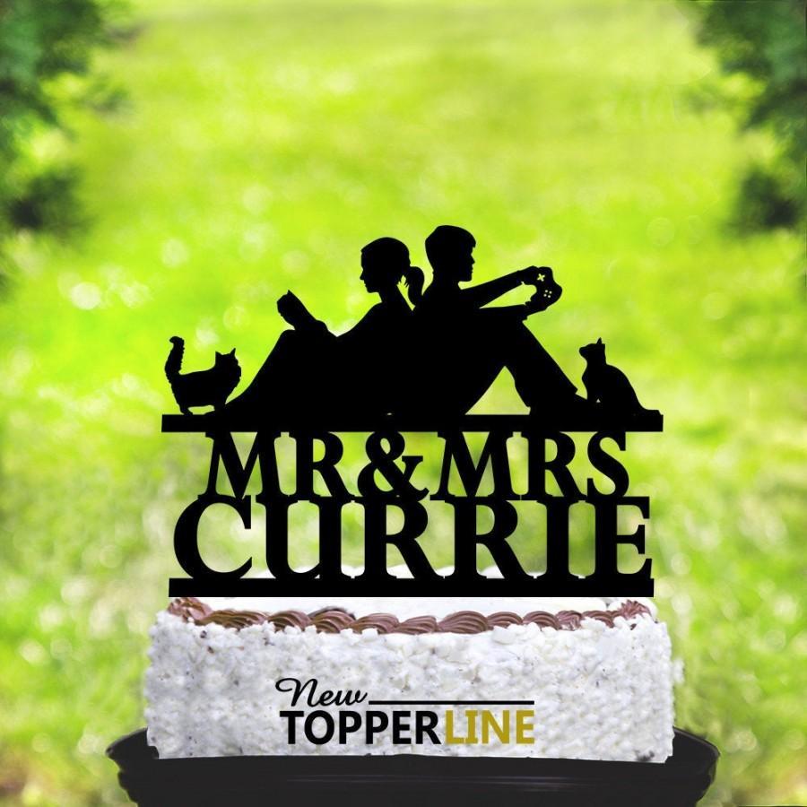 Hochzeit - Custom Couple Reading Bride and Groom Wedding Cake Topper, Wedding Gamer cake topper, Gaming Video Game Controller Cake Topper,Cat, Dog 2285