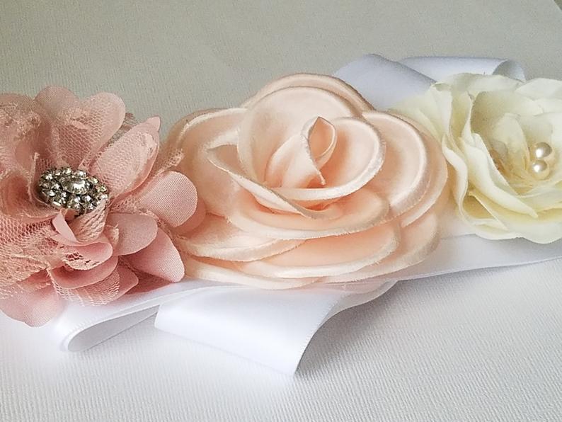 Hochzeit - White Dusty Pink Wedding Sash, Floral Dress Sash, White Pastel Pink Bridal Belt, Maternity Sash, Embellished Flower Sash, Bridal Rustic Belt