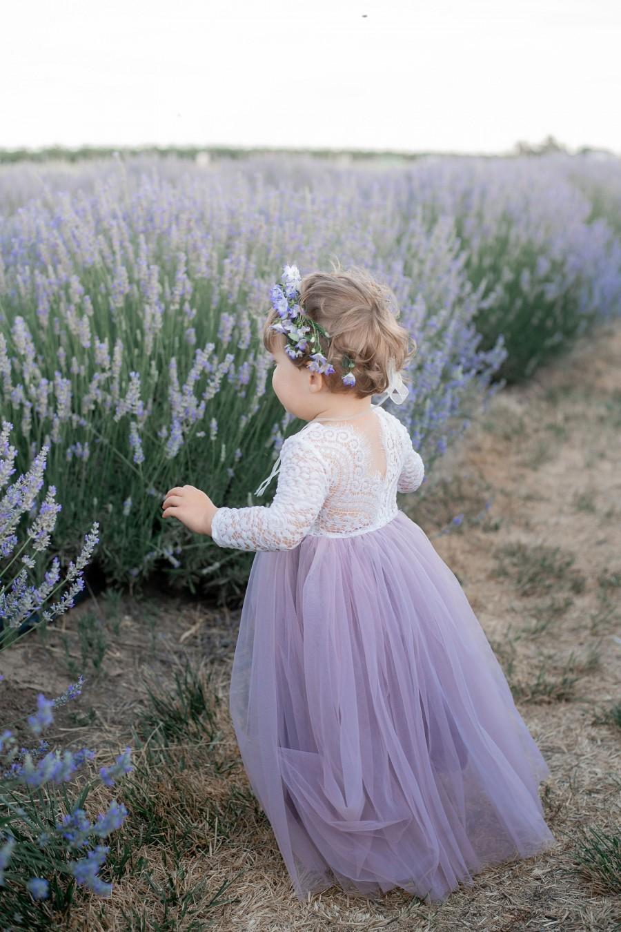 Свадьба - Full Length Vintage Violet Light Dusty Purple  Tulle Lace Top Scalloped Edges Back Party Flower Girl Dress