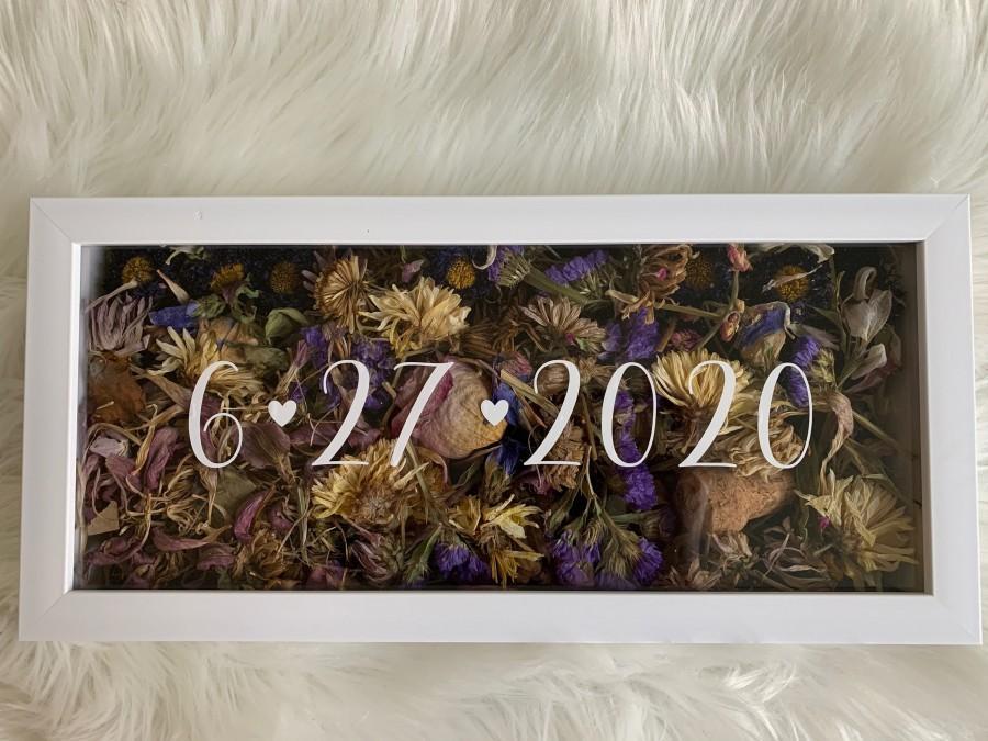 Hochzeit - Wedding Flowers Shadow Box date only