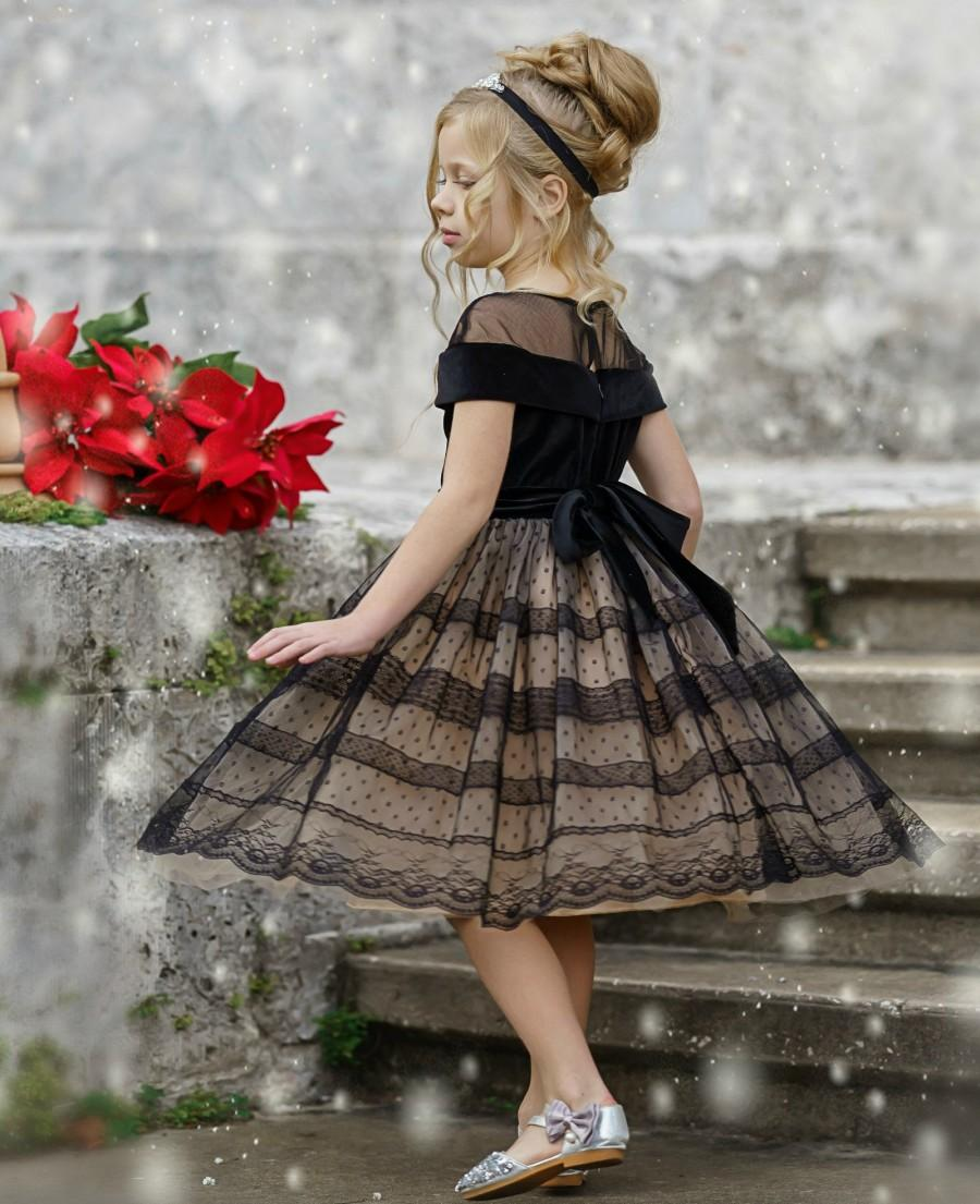 Hochzeit - Black Flower Girl Dress, Special Occasion Dress, Black Lace Dress for Girls, Rustic Flower Girl Dresses, Bohemian Flower Girl Dress,  Dress