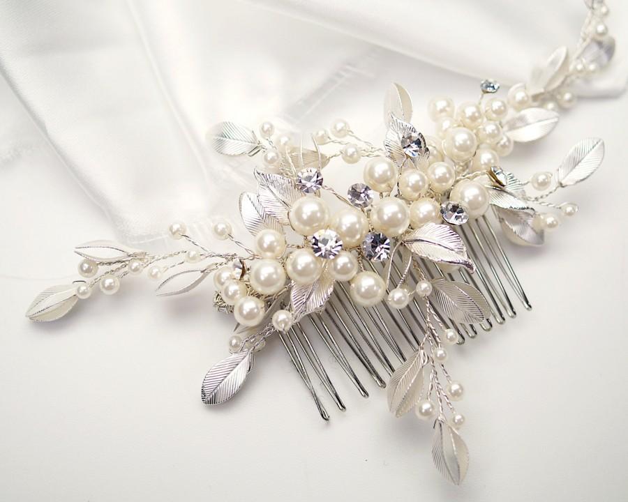 Mariage - NEW Silver Rhinestone Wedding Hair Comb, Faux Pearl Hair Comb, Crystal Bridal Headpiece, Bridal Hair Comb - 0711