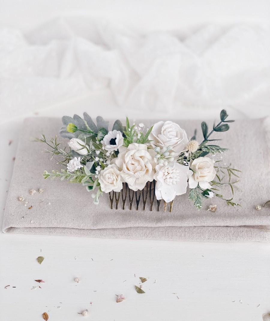 Wedding - Flower hair comb, White flower hair comb, Flower hair pins, Wedding flower hair clip, Bridal flower hair piece
