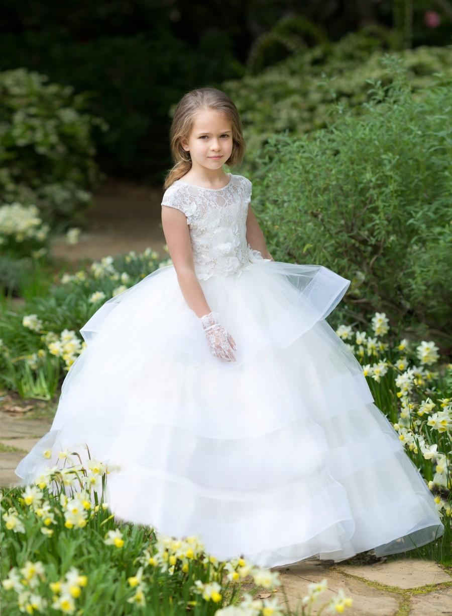 Свадьба - Ivory flower girl dress Lace girls wedding party Baby Toddler Birthday Princess  First Communion Baptism Special occasion gown