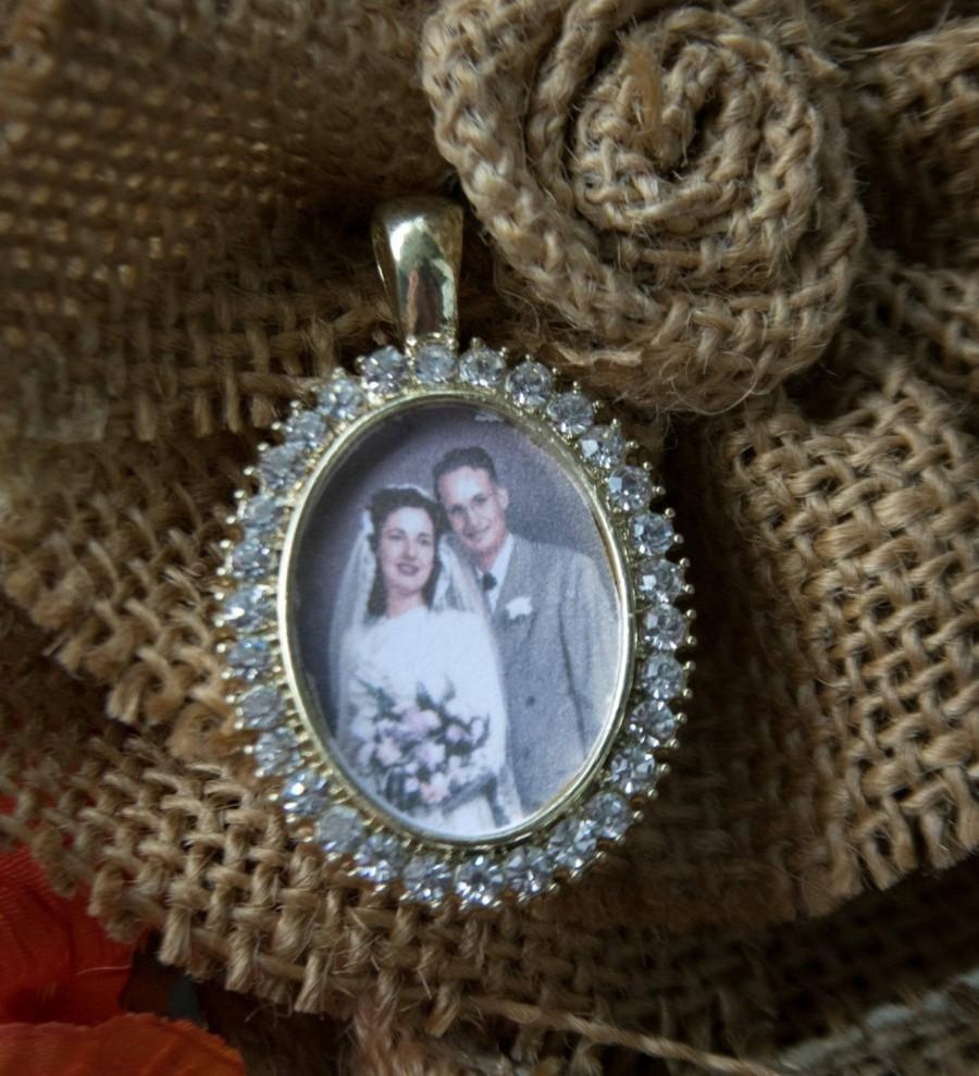 Wedding - Custom made Wedding bouquet photo charms Oval Rhinestone Photo memory charms to hang on a bouquet, Boutonniere or bridesmaid gift