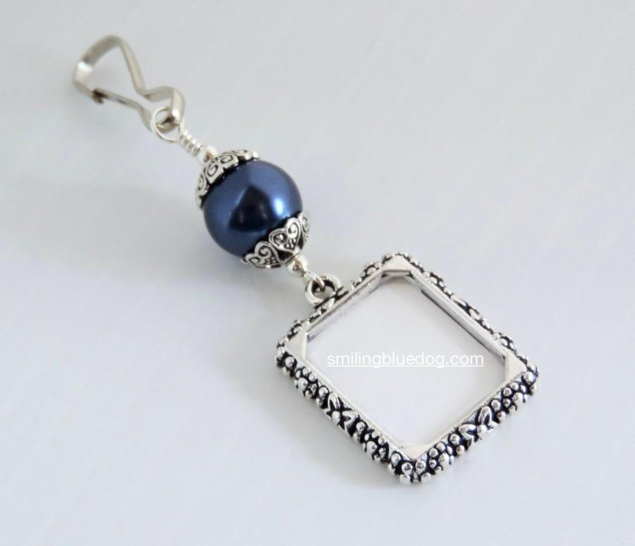 Свадьба - Wedding bouquet photo charm. Something blue for the bride to be! Small picture frame bridal bouquet charm. Wedding favor.