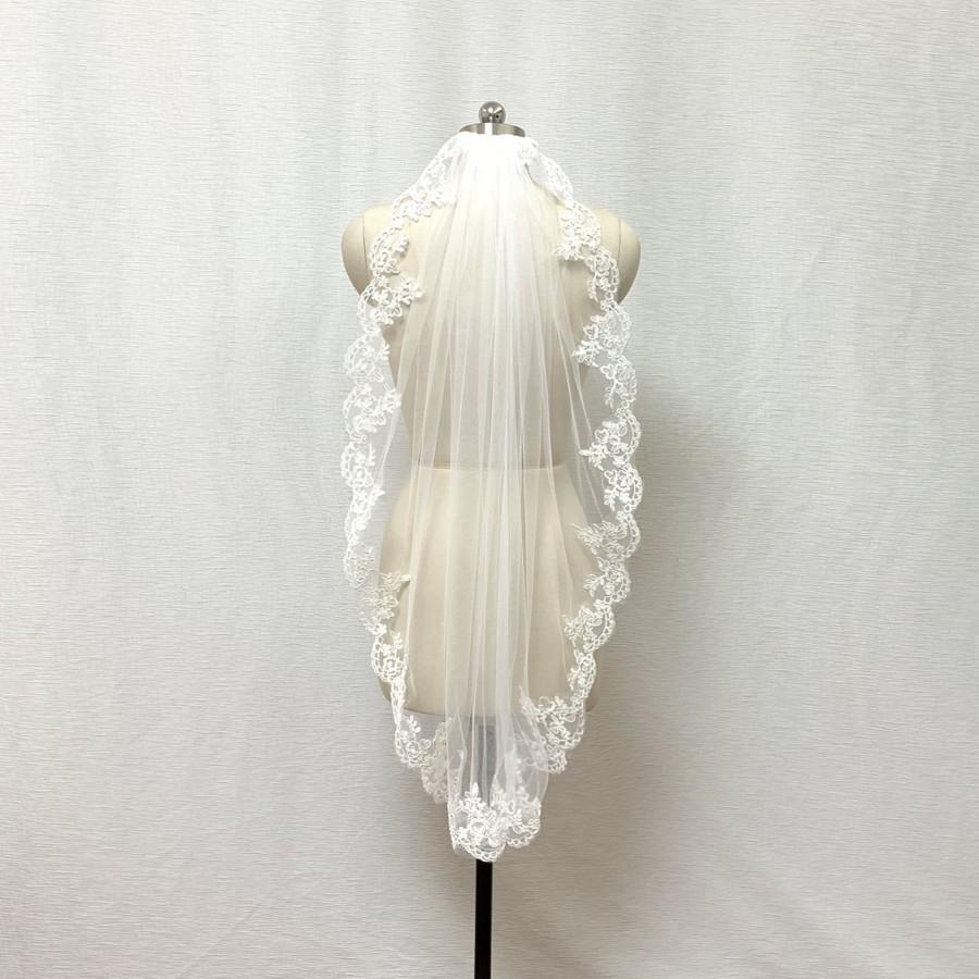 Hochzeit - One Tier Lace Trim Ivory Wedding Veil with Comb