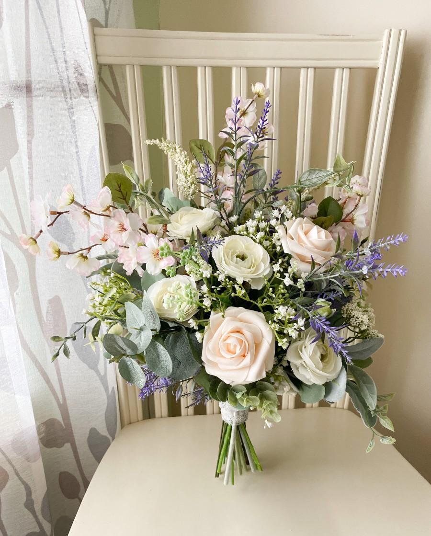 Свадьба - Boho wedding bouquet, wild flower bridal bouquet, silk flower wedding bouquet, spring wedding flowers, bridesmaid flowers