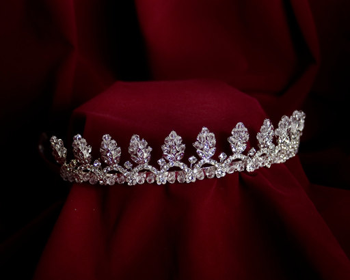 Hochzeit - Royal Flower Princess Tiara