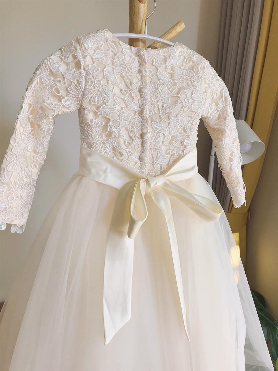 Mariage - Lace tulle flower girl dress, champagne flower girl dress floor length, first communion dress with long sleeves