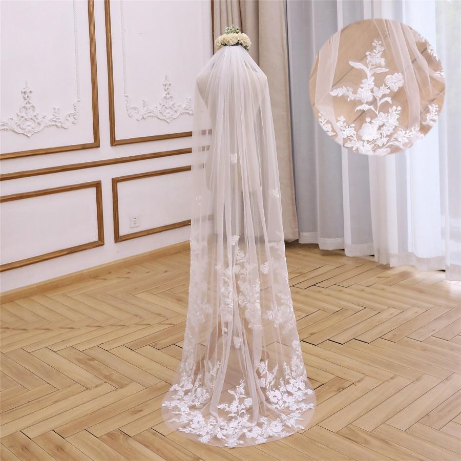 Свадьба - Ivory/White Floor Length Wedding Veil Chapel Bridal Veil Waltz Wedding Veil Floral Lace Veil Single Tier Veil Fingertip Veil Cathedral Veil