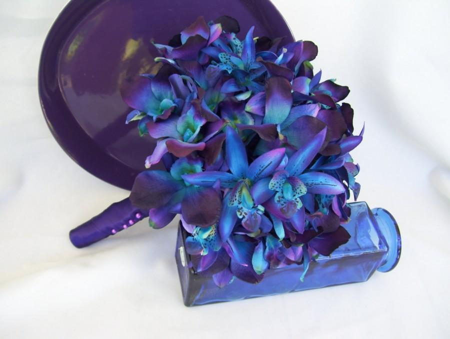 Свадьба - Christy's Bridal Bouquet with Purple Hydrangeas Blue Galaxy Star and Blue Violet CA Dendrobium Orchids OR Choose Blue Hydrangeas