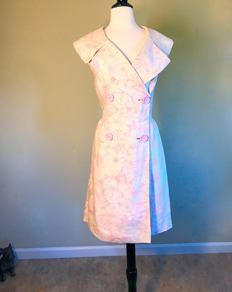 Wedding - Mod Pink & White Linen Dress XL. Hawaiian Floral Print Vintage 60s Dress Size 16. Plumeria