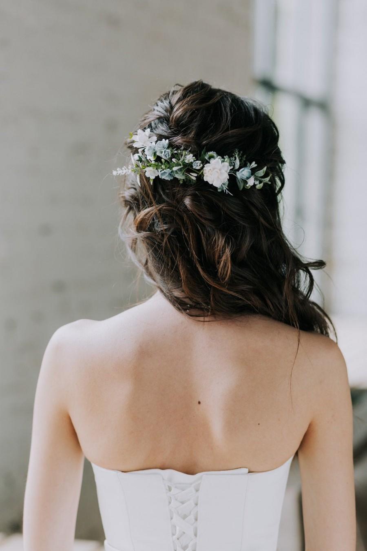 Mariage - Flower hair clip, Blue flower hair comb, flower hair vine, flower hair piece, Wedding hair accessories