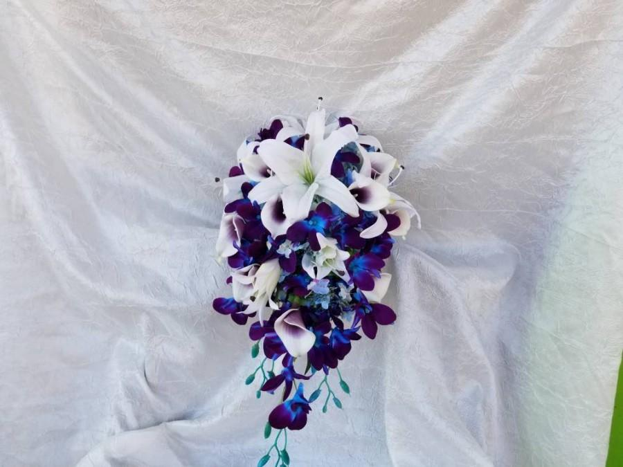 Mariage - Cascading bridal bouquet, galaxy orchids, lilies, picasso calla lilies, blue hydrangea, teardrop bouquet, bouquet set,