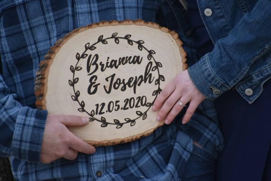 Mariage - Personalized Wood Burned Tree Slice