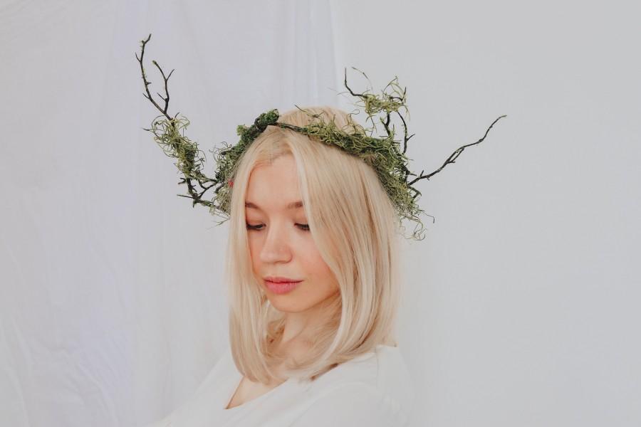 Hochzeit - Elven Queen Woodland Crown, Artificial Green Ivy Bridal Crown,  Wild Twig bridal crown, leaf crown, Forest Crown
