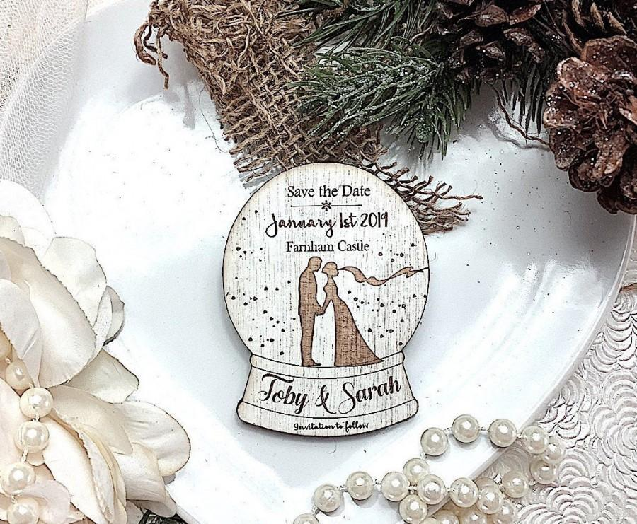 Wedding - Wooden magnet save the date, Winter wedding , Change the date, Christmas wedding, Snowglobe save the date