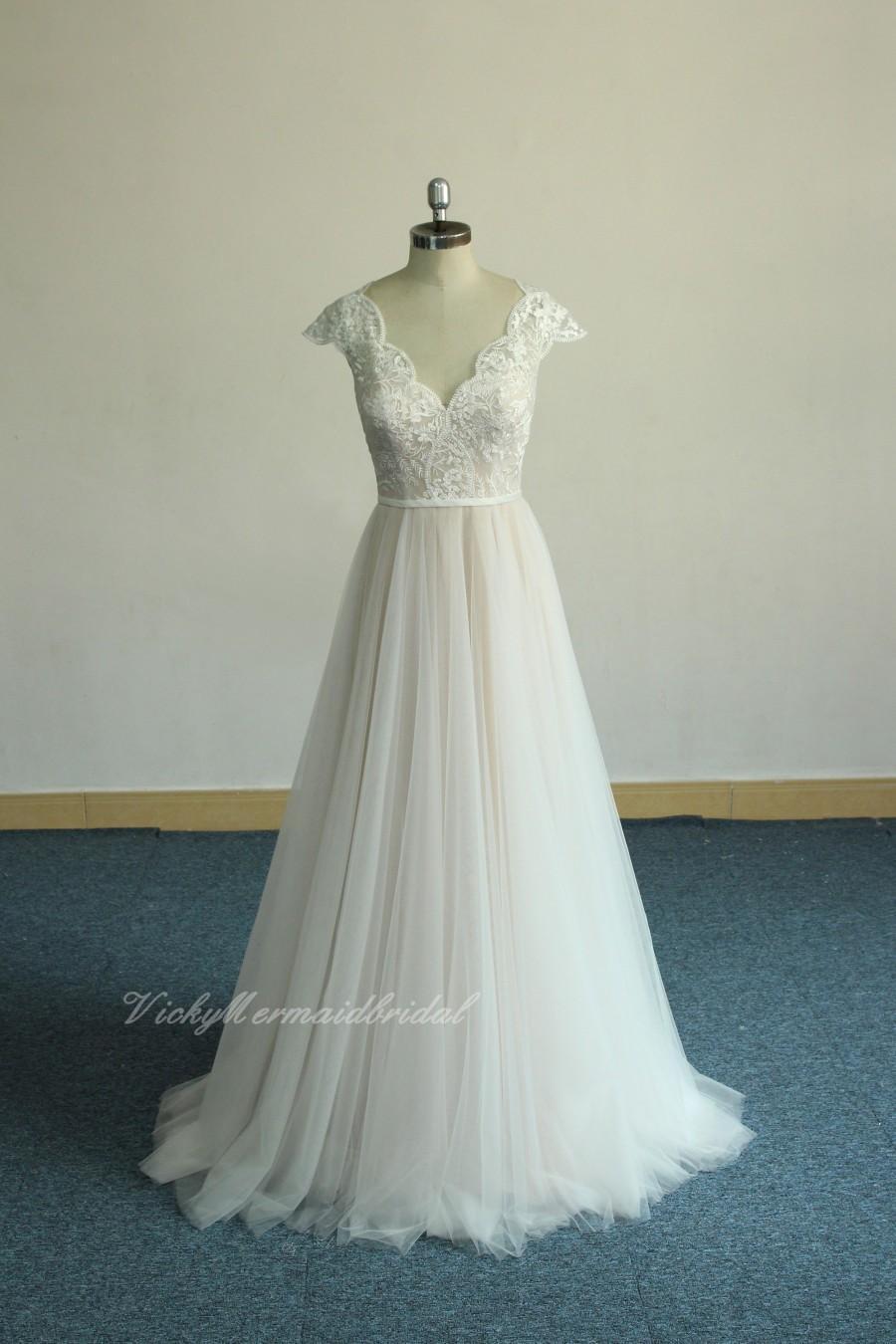 Wedding - High fashion A-line Bohemian Wedding Dress,Scallop Neckline Outdoor Wedding dress, Blush tulle Lace Weddin Dress with Capsleeves
