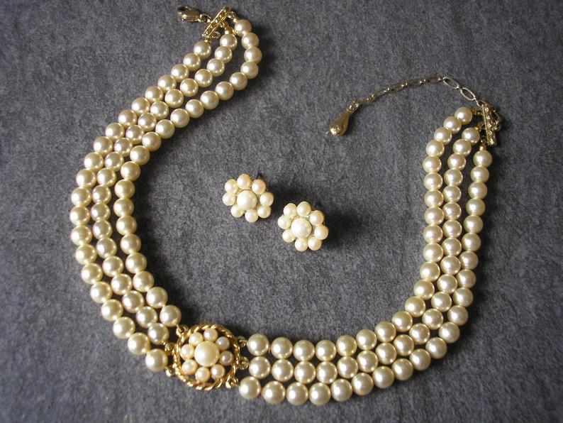 Wedding - Vintage Rosita Pearl Choker And Earrings Set, Vintage Pearls, Vintage Pearl Bridal Set, 3 Strand Pearls, Pearl Necklace, Cream Pearls