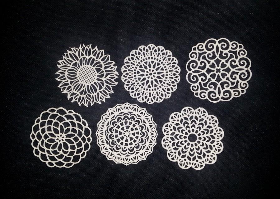 Wedding - 32 ASSORTED DOILIES - Ready To Use & Edible - Cakes, Cupcakes, Or Cookies